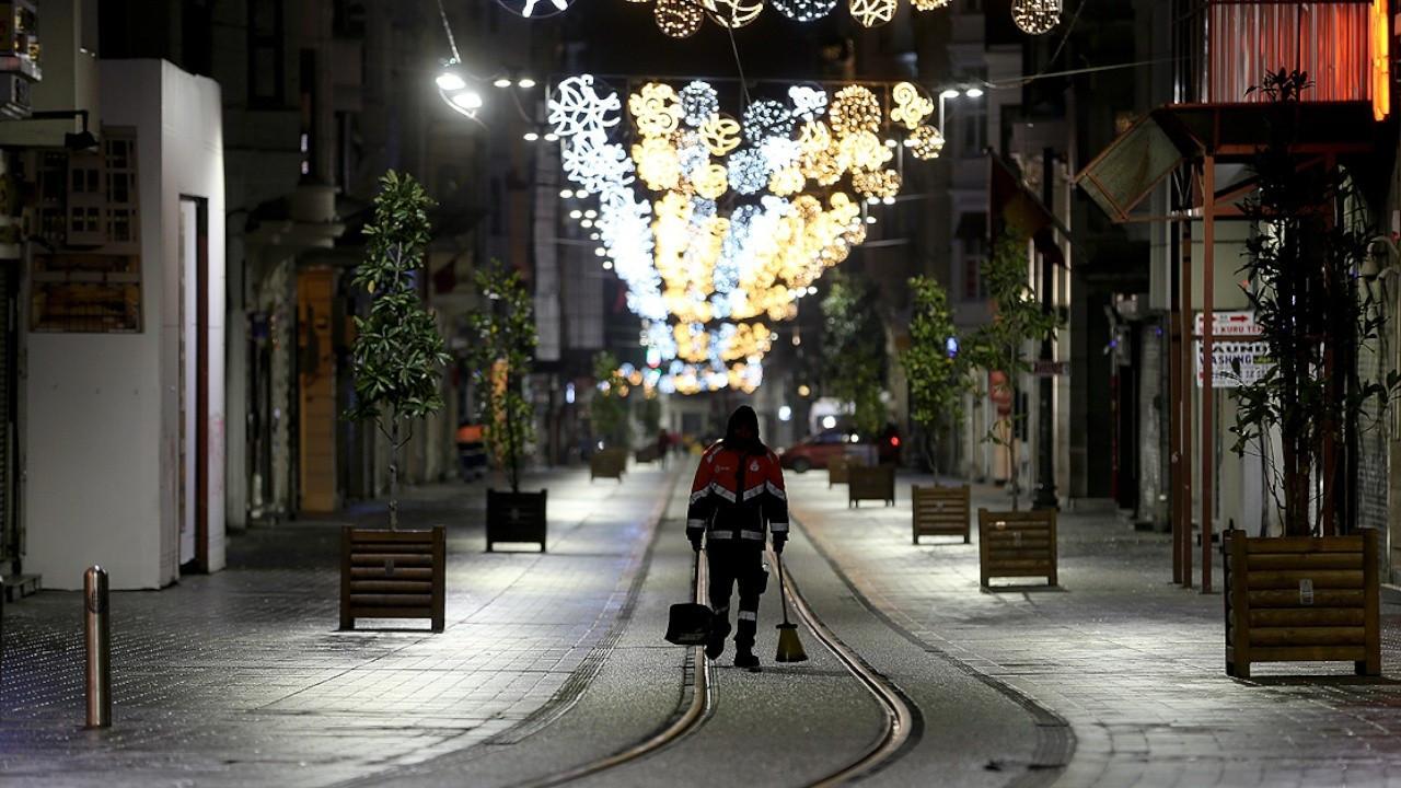 Turkey imposes partial weekend curfew, closes restaurants