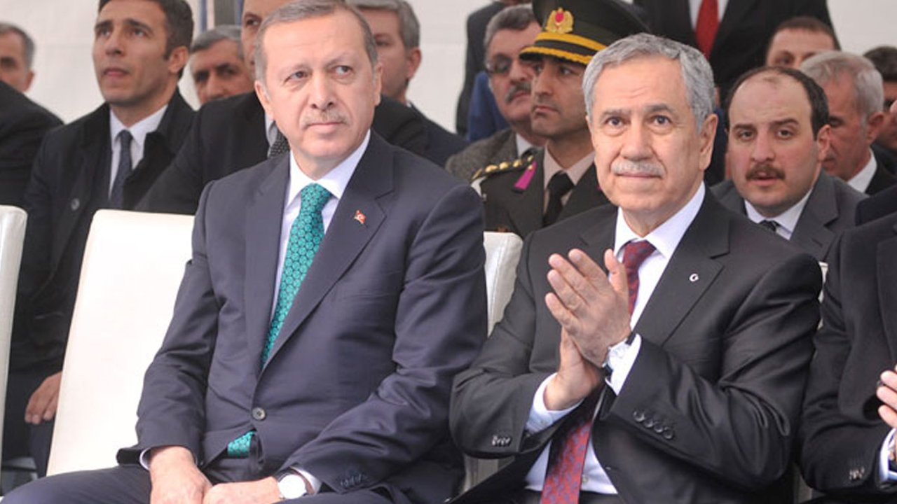 This file photo shows Erdoğan (L) and Arınç.