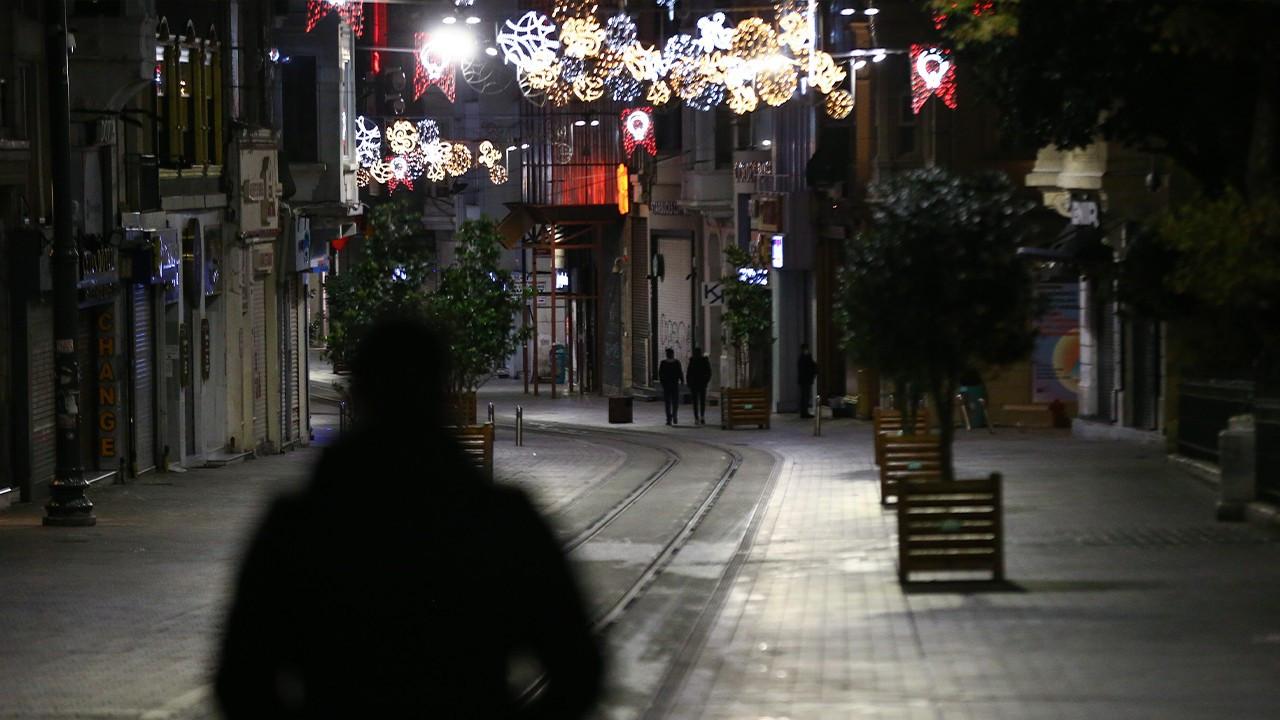 Mayor Ekrem İmamoğlu says he loses sleep over troubling COVID-19 spread in Istanbul