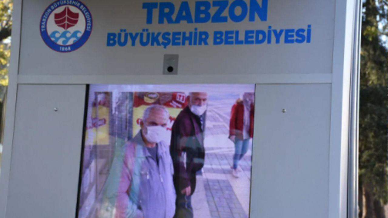 Turkish municipality installs smart screen that shows passengers without masks as coronavirus - Page 3