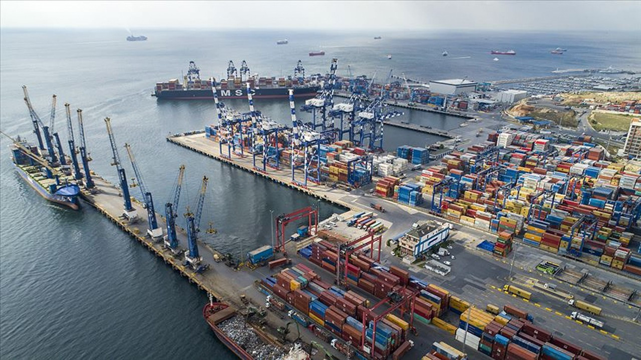 Turkey's foreign trade deficit grows by 155 percent from November 2019