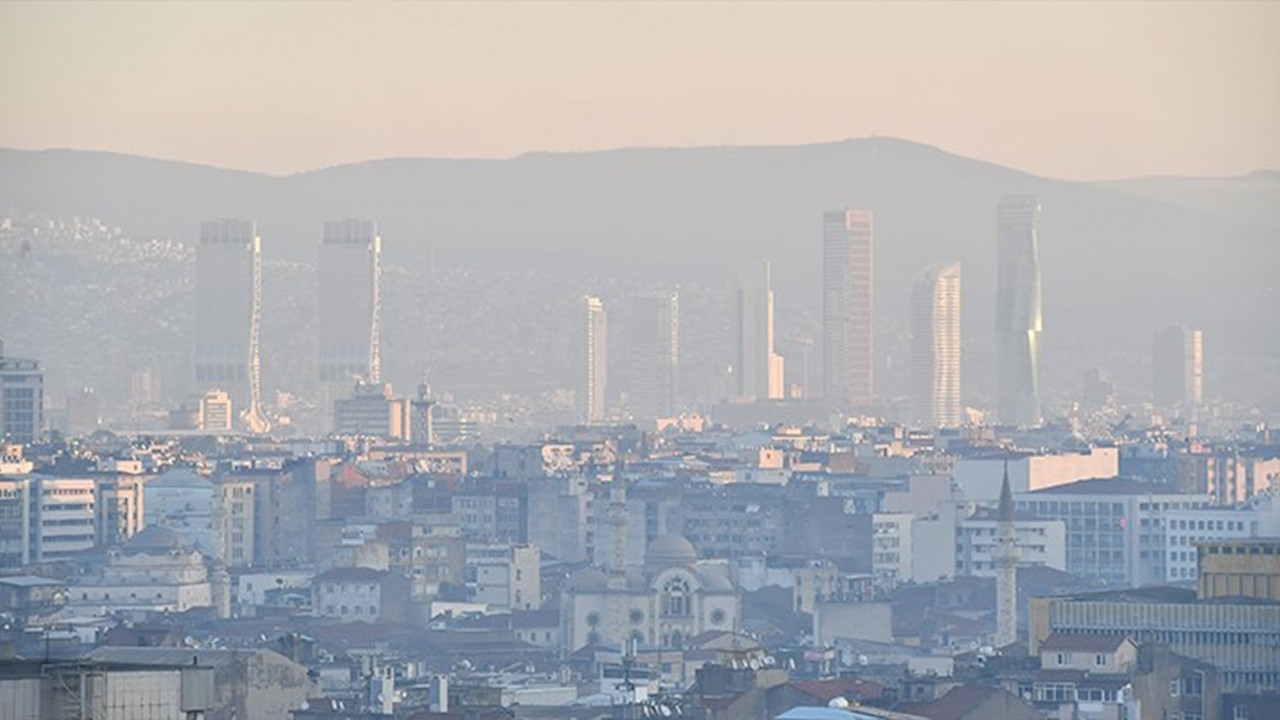 Air pollution increases visibly in Aegean İzmir