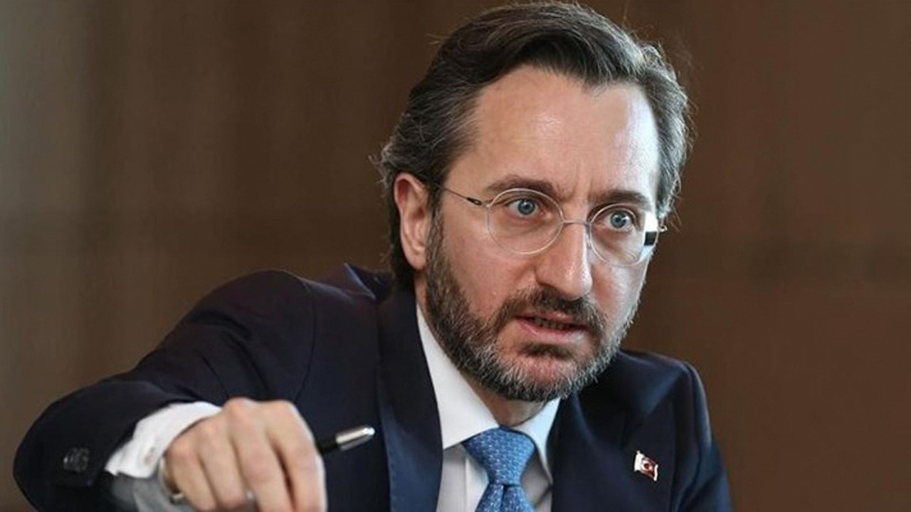 Erdoğan aide confirms getting 2 wages, says he donates one to charity