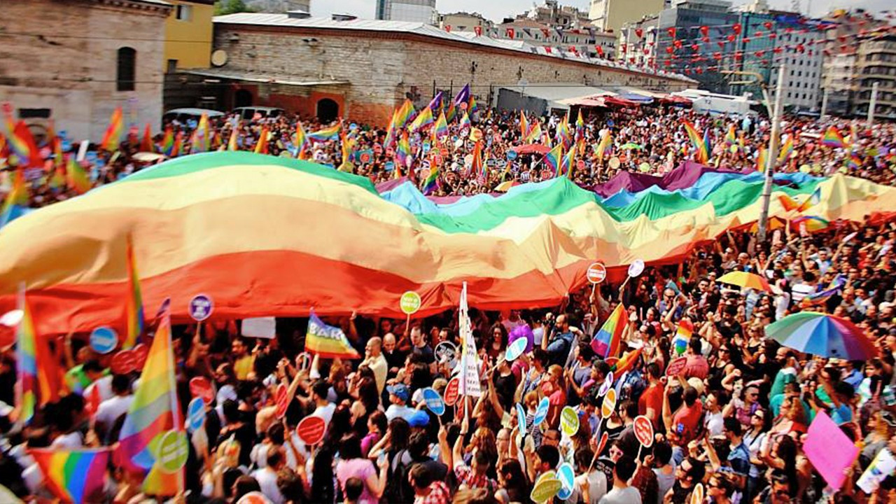 Turkey puts 18+ age restriction on LGBT+ pride, rainbow-themed merchandise