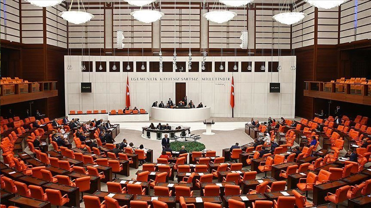 Opposition parties, NGOs raise alarm over bill 'that will destroy civil society in Turkey'