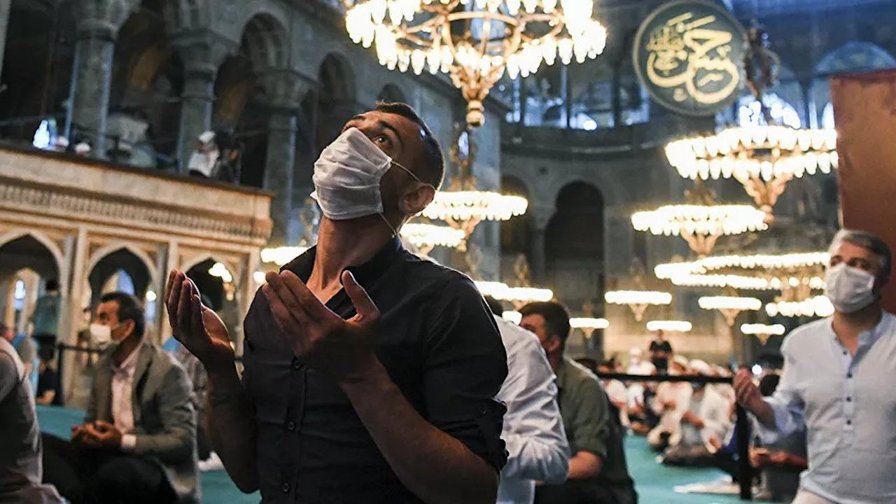 Reciting the Quran, Islamic call to prayer 'shouldn't be in Turkish'