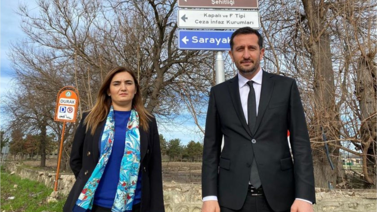 Main opposition deputies visit Selahattin Demirtaş in jail