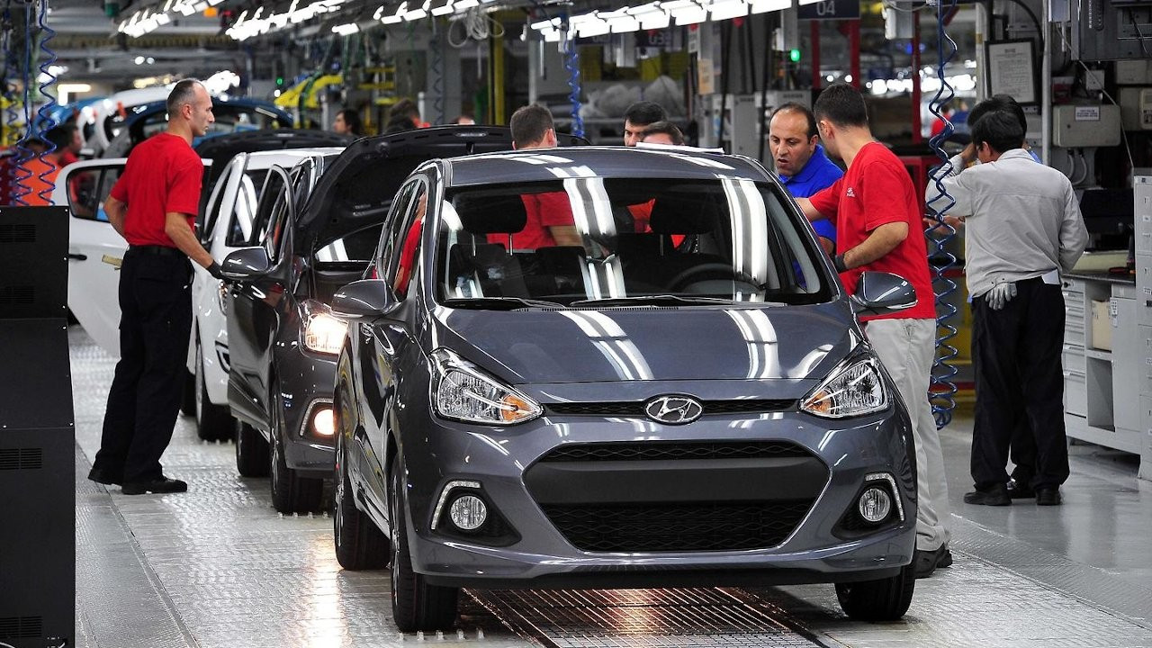 Despite sharp decline in exports Turkish automotive industry still on top