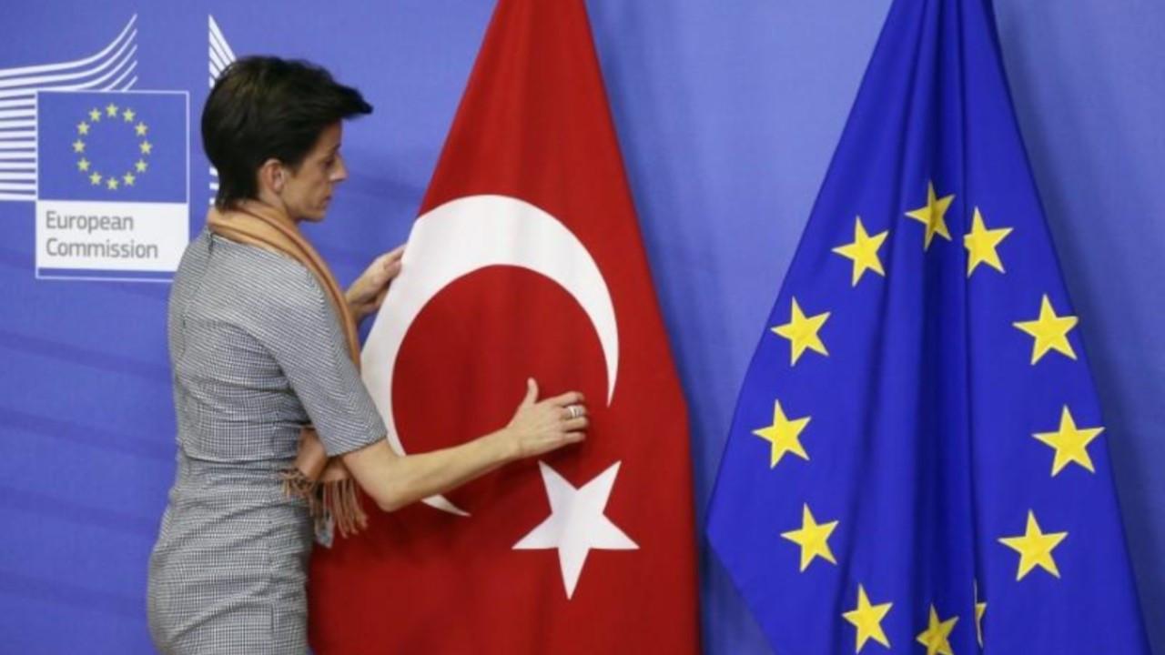 Germany's CDU leadership hopeful suggests UK model for Turkey-EU partnership