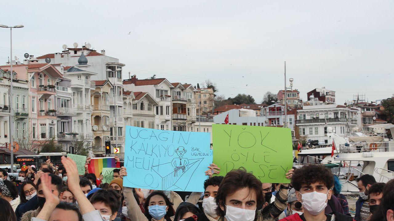 Boğaziçi students 'will not let Erdoğan's appointed rector through' - Page 1