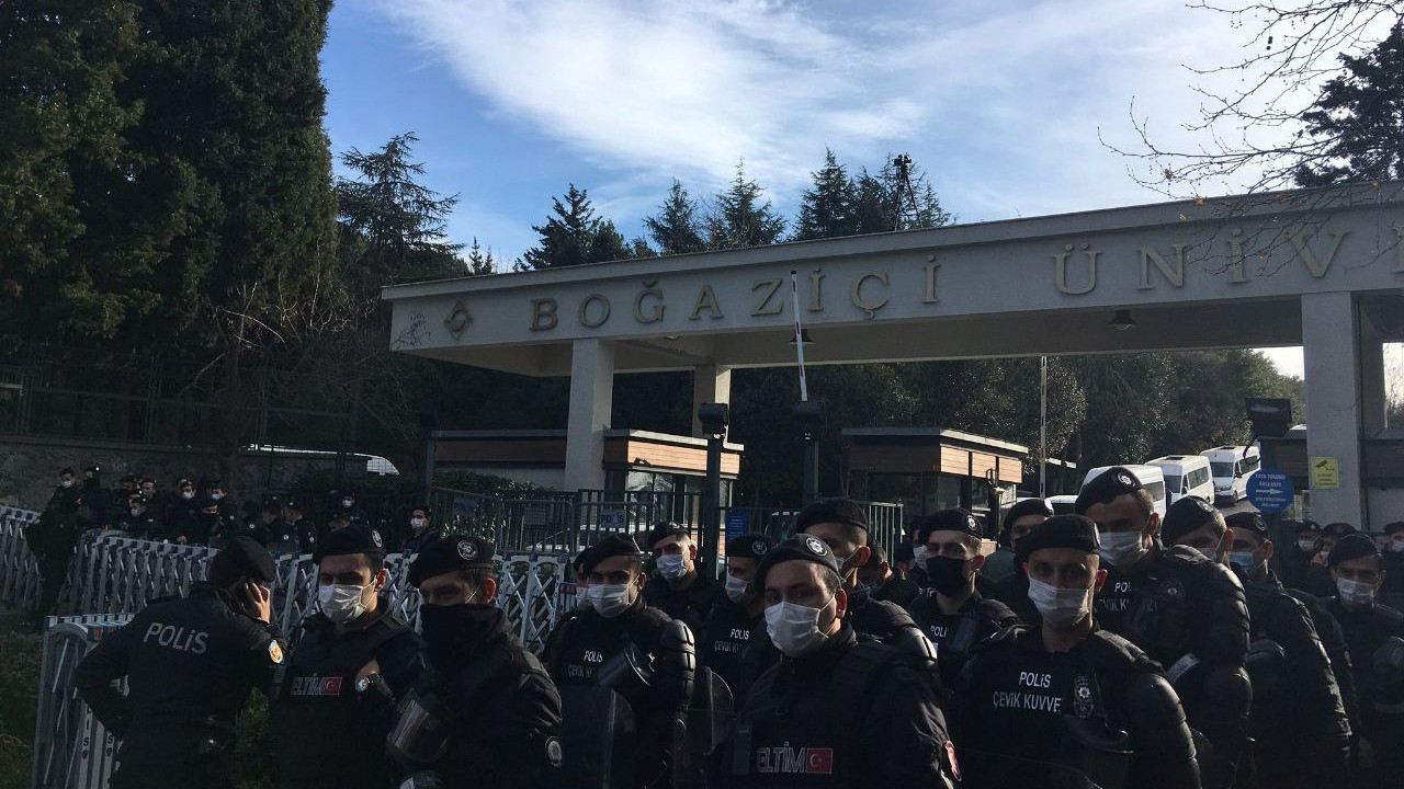 Boğaziçi protests against Erdoğan's rector banned, students detained on third day of resistance