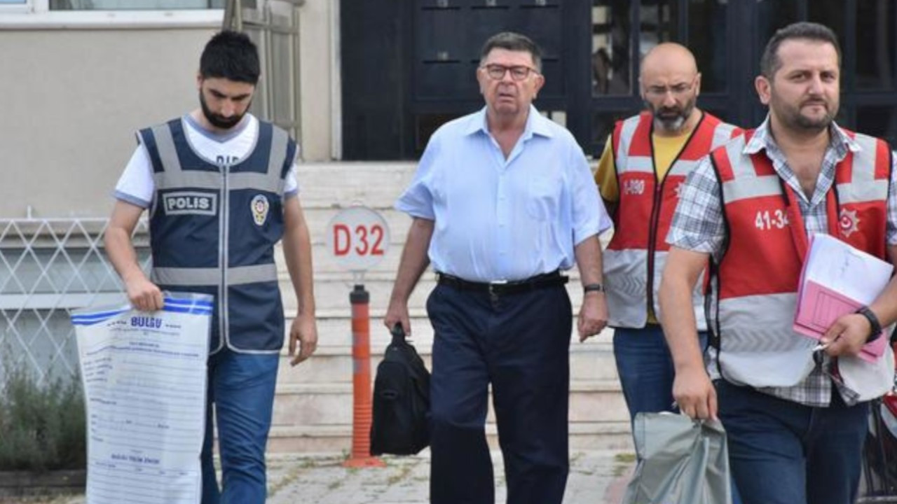 Turkish top court rules journalist Şahin Alpay's house arrest violated his rights