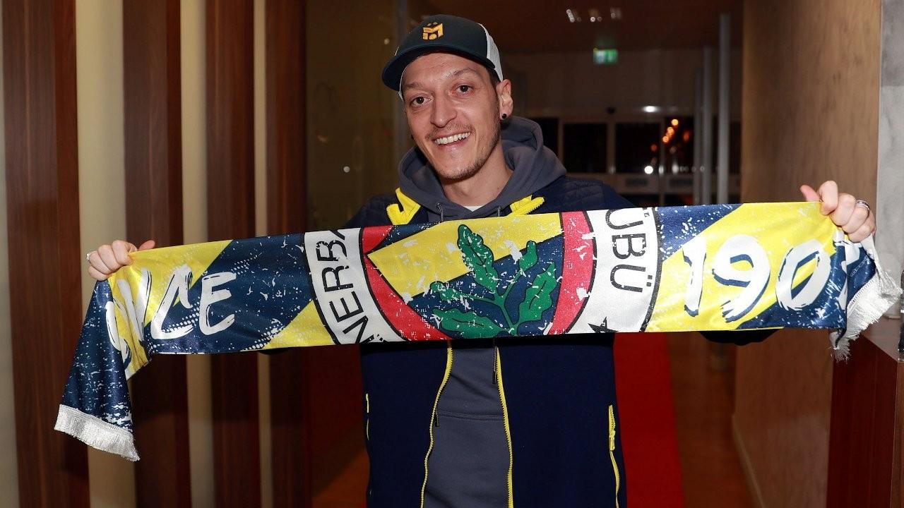 Mesut Özil arrives in Istanbul to join Fenerbahçe