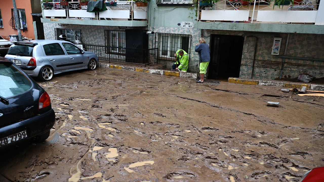 Flood death toll rises to two in Aegean İzmir - Page 2