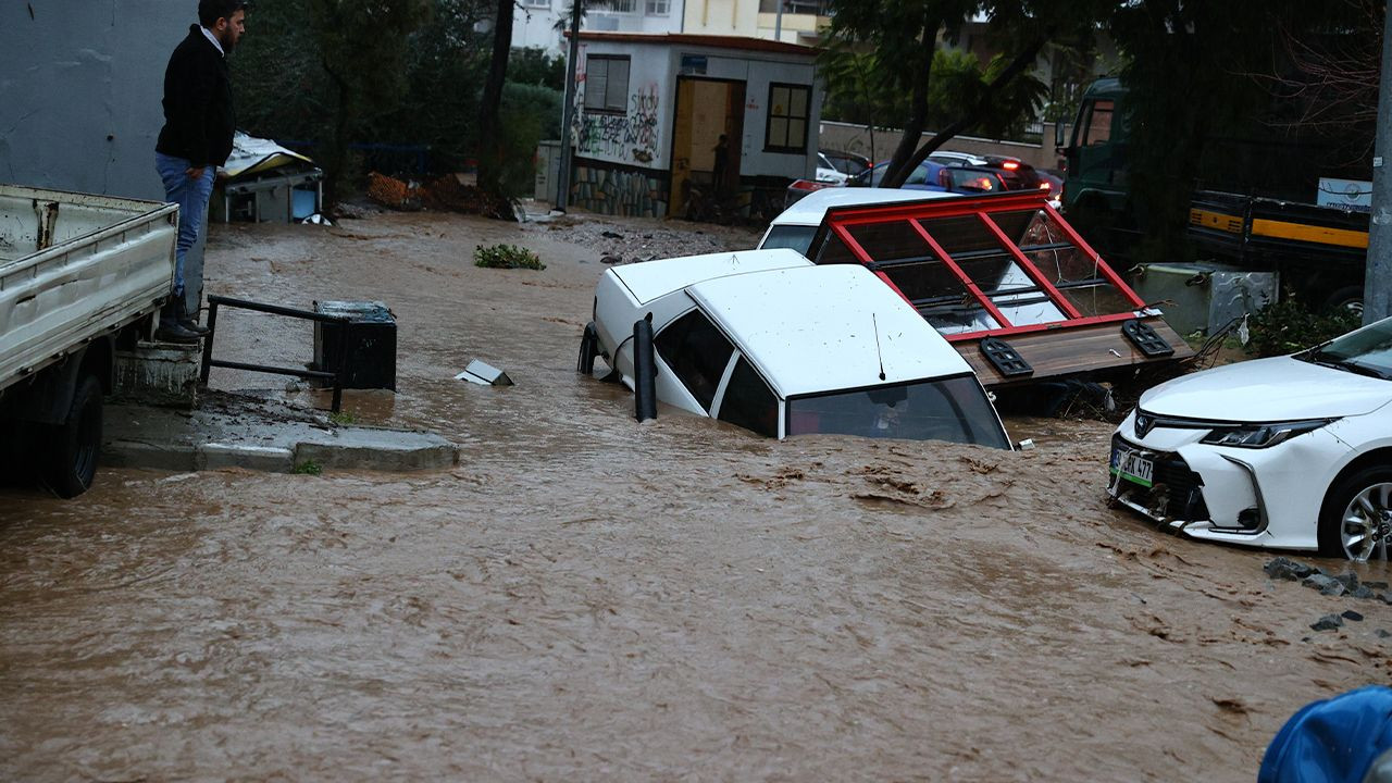 Flood death toll rises to two in Aegean İzmir - Page 3