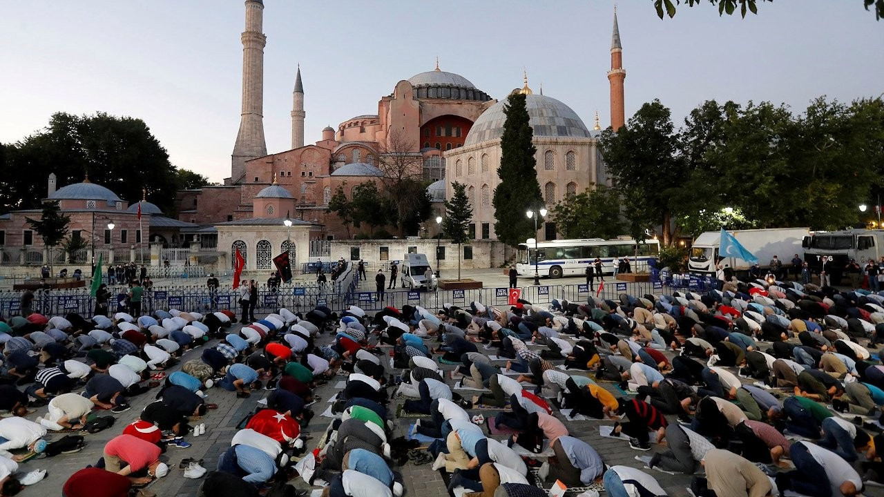 Hagia Sophia's chief imam wants secularism removed from constitution