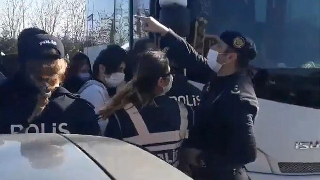 Police batter, detain more Boğaziçi University demonstrators on 40th day of protests