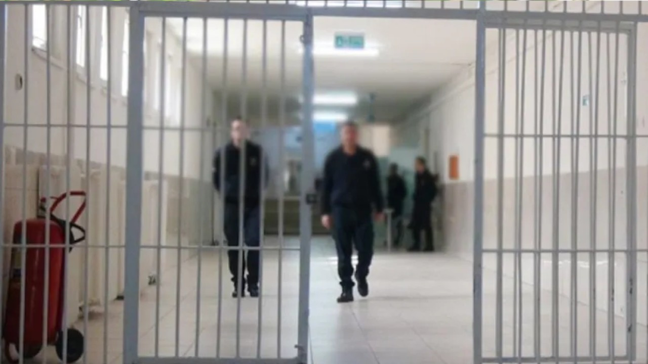 AKP seeking to legalize recording of inmate visitations as part of new surveillance policy