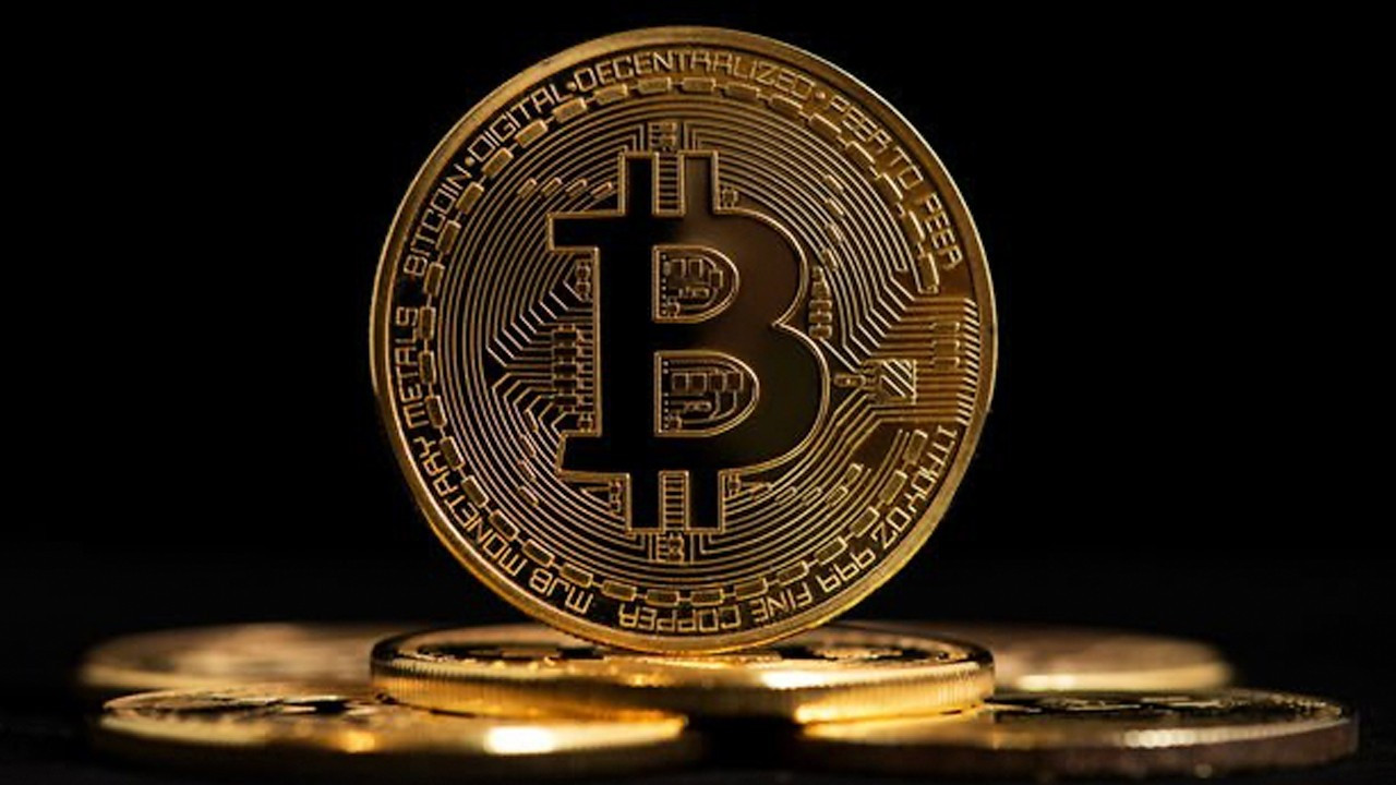 Bitcoin-centered pyramid scheme robs Istanbulites of millions