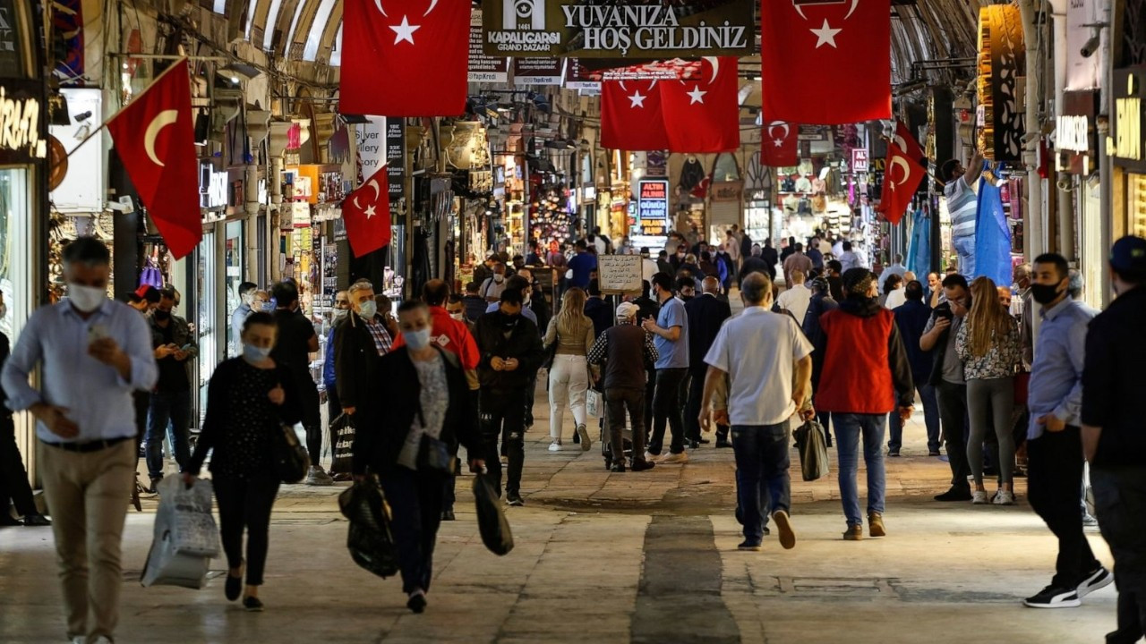 Over 90 pct of Istanbul shopkeepers struggling to cover fixed costs