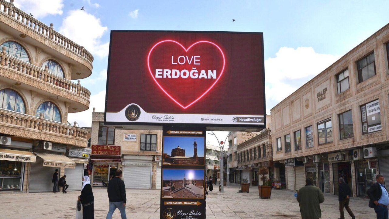 'Love Erdoğan' billboards pop up across Turkey to counter 'Stop Erdoğan' ad in US - Page 6