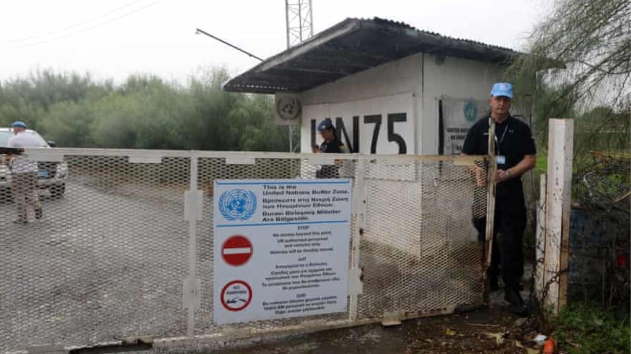 Greek Cyprus installs barbed wire along buffer zone ahead of UN talks
