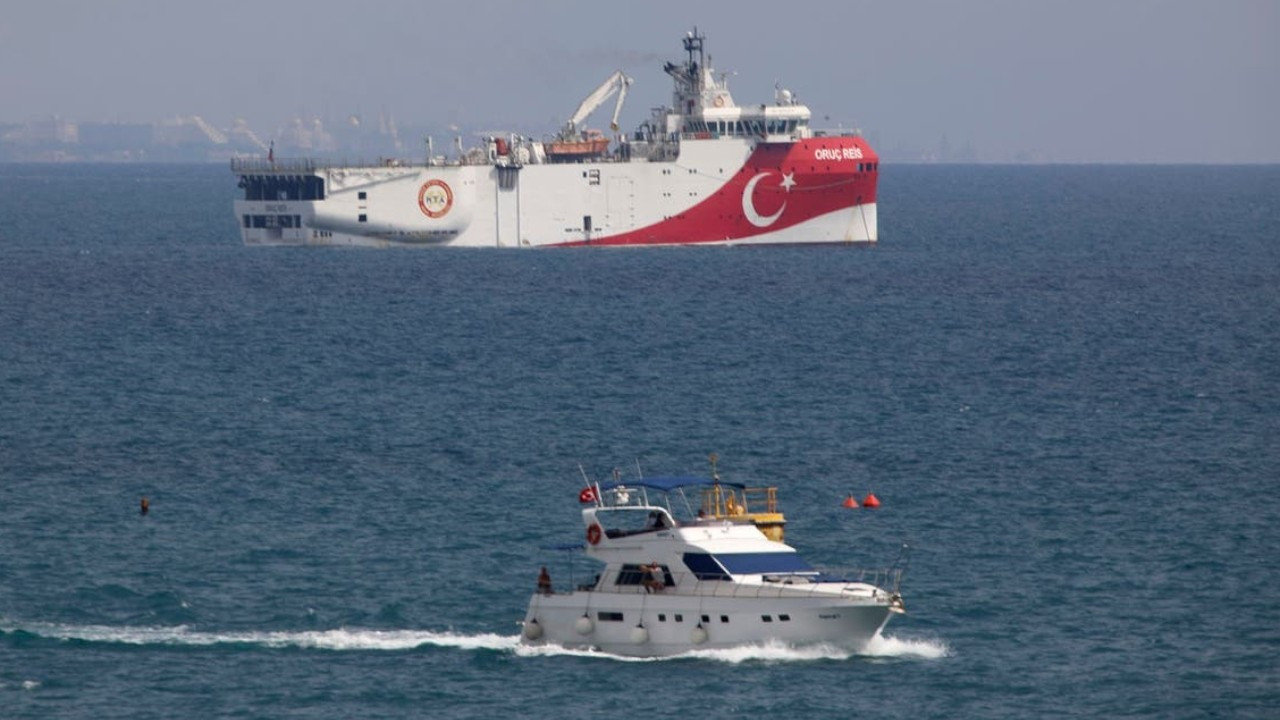 Turkey issues diplomatic note to Greece, Israel, EU over undersea cable deal in East Med