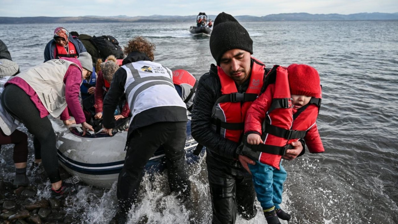 Turkey's threat to open doors for refugees no longer frightens EU