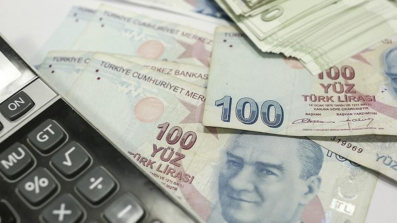 Turkish investors' decision temporarily prevented lira's collapse