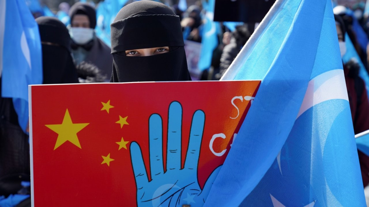 Uyghurs protest in Istanbul as Chinese Foreign Minister visits Ankara