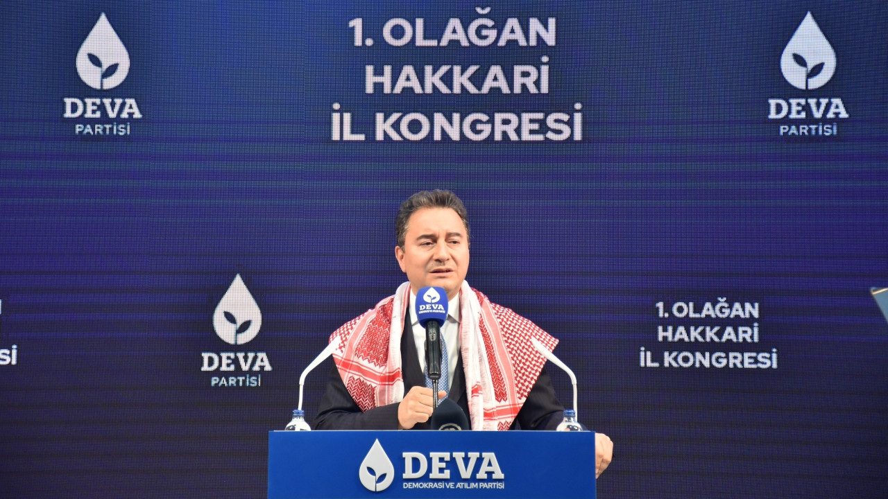 Opposition leader Babacan tells gov't to apologize for reviving denial of Kurdish language