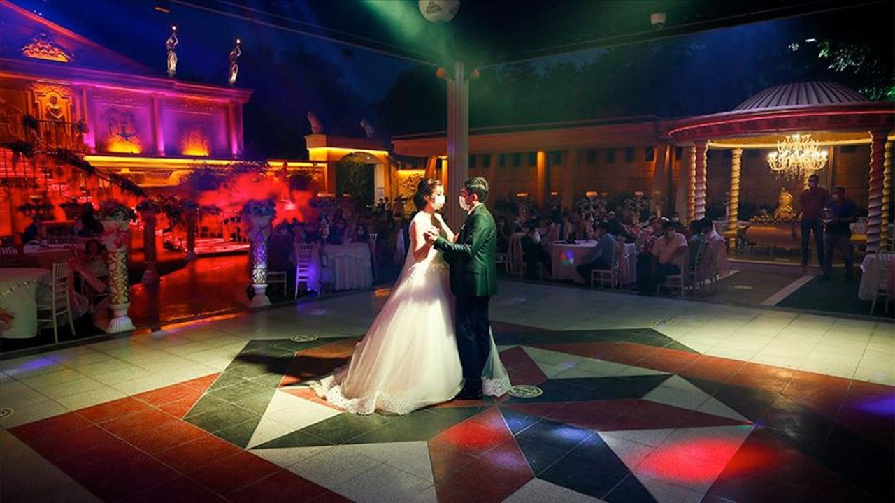 Marriage loans suggested as a way to save Turkish wedding industry