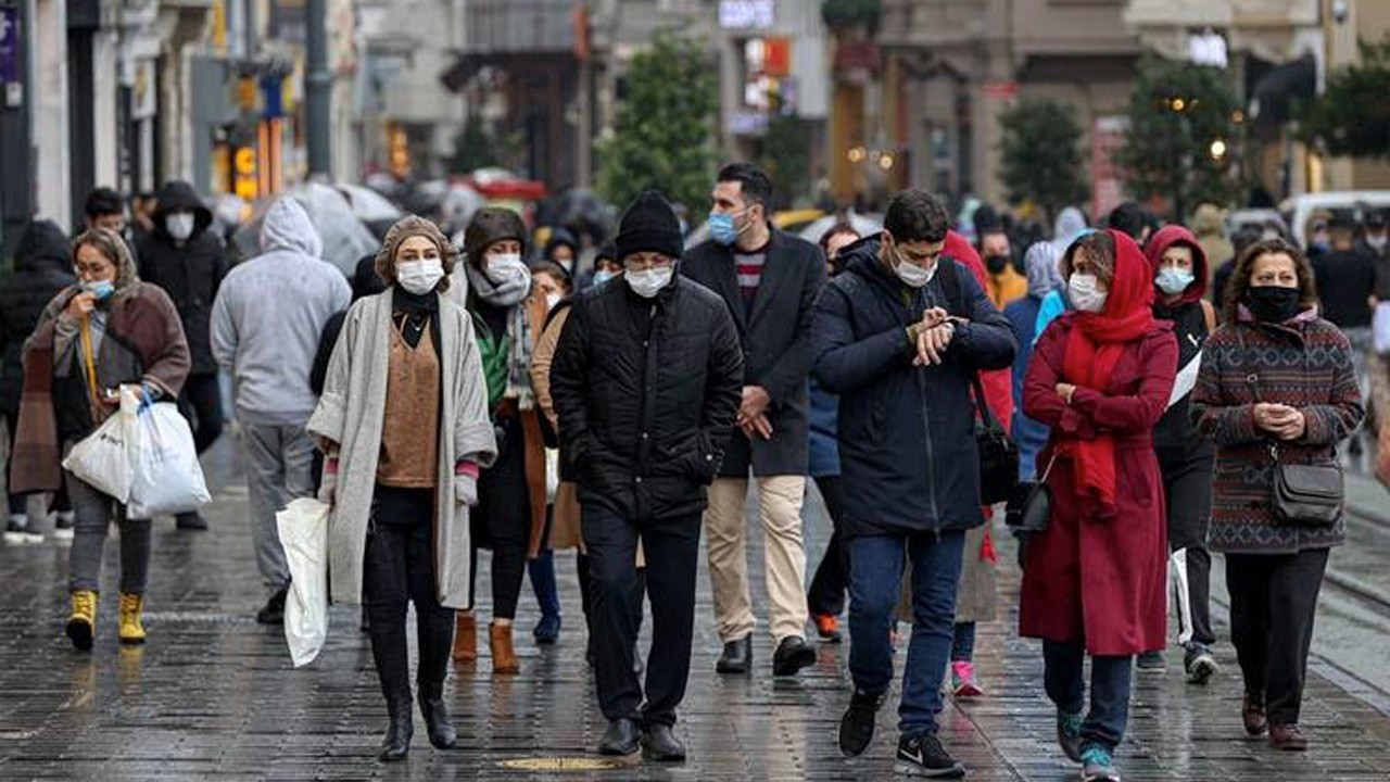 Current pandemic peak in Turkey 'is most severe, but restrictions insufficient'