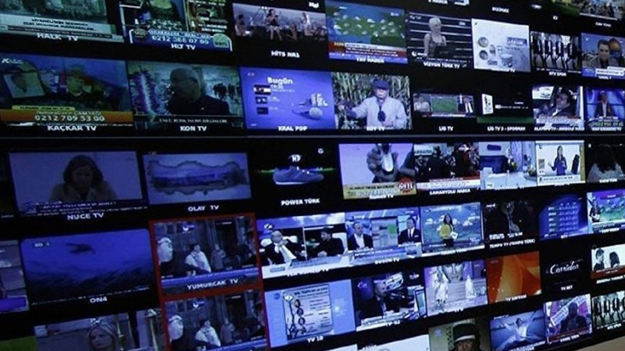 Turkey's top court reverses state of emergency decree allowing media closures
