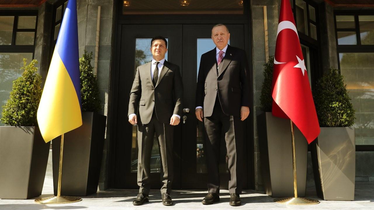 Russia restricts flights to Turkey amid Ukraine tensions