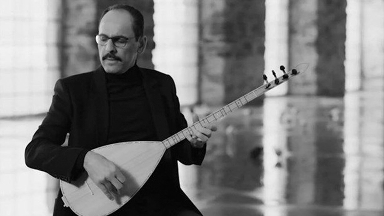 Turkish presidential spokesman releases new song with iconic musician