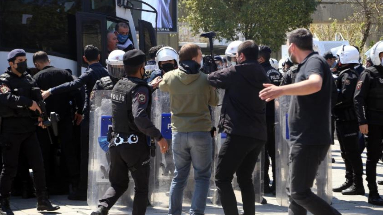 Istanbul police batter, detain workers for wanting to hold