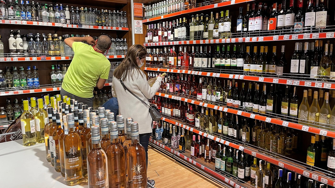 Turkish court rules Covid-19 alcohol ban 'unconstitutional'