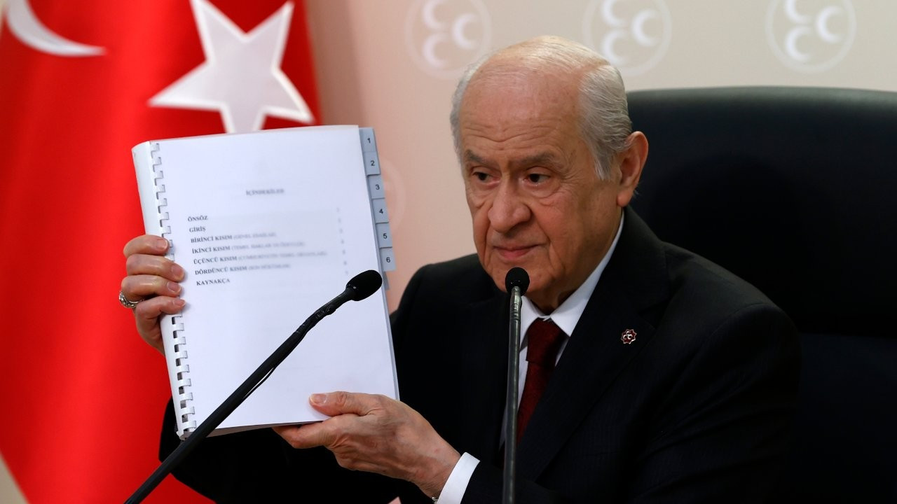 Erdoğan's far-right ally prepares draft Turkish constitution