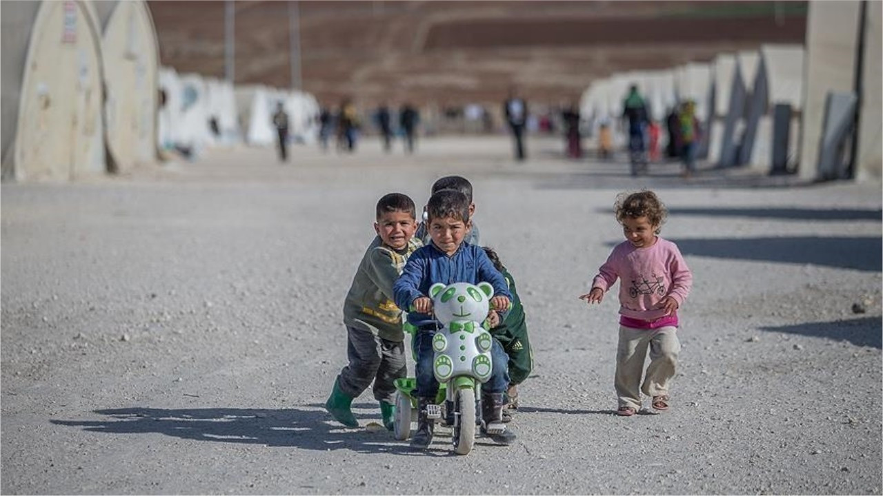 '48 pct of refugee children unable to access education after pandemic'