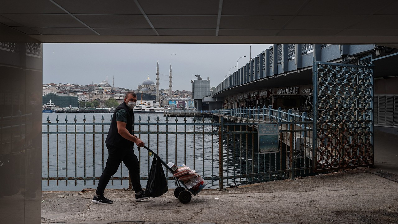 27 percent of Turkish population unable to afford basic needs