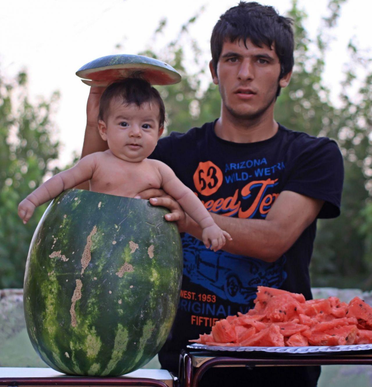 Watermelon baby statue in Diyarbakır joins Turkey's bizarre artworks - Page 2