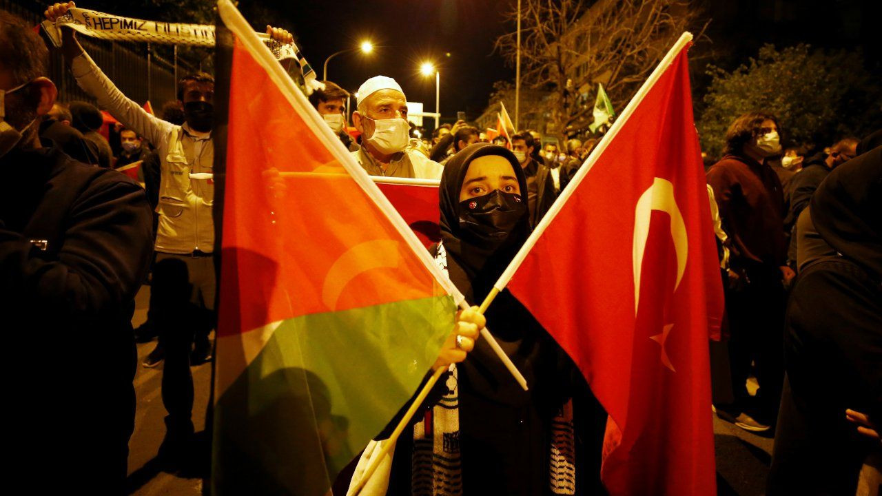 Thousands of Turks protest Israel after Gaza, Al-Aqsa attacks - Page 1
