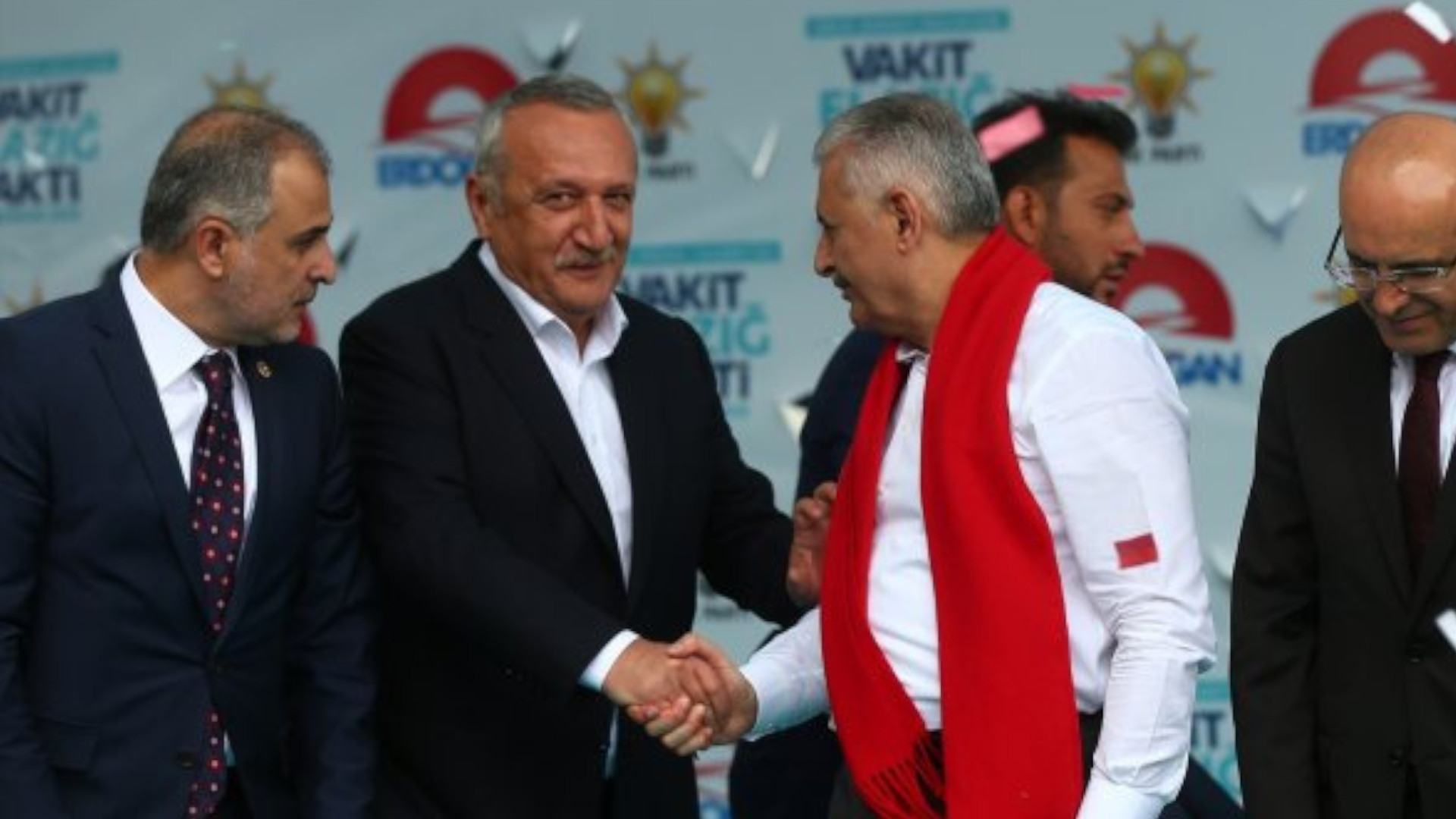 Yachts, dead bodies, the regime and Mr. Ağar