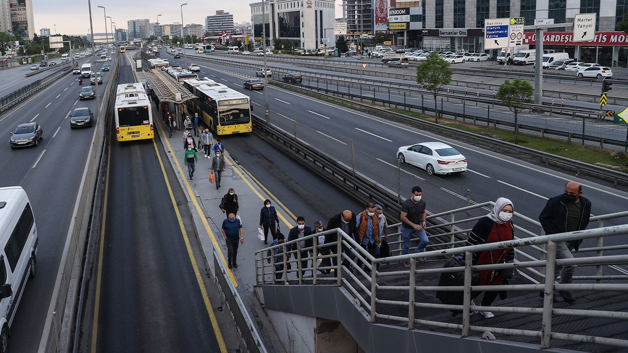 Turkey starts gradual normalization after controversial full lockdown - Page 3