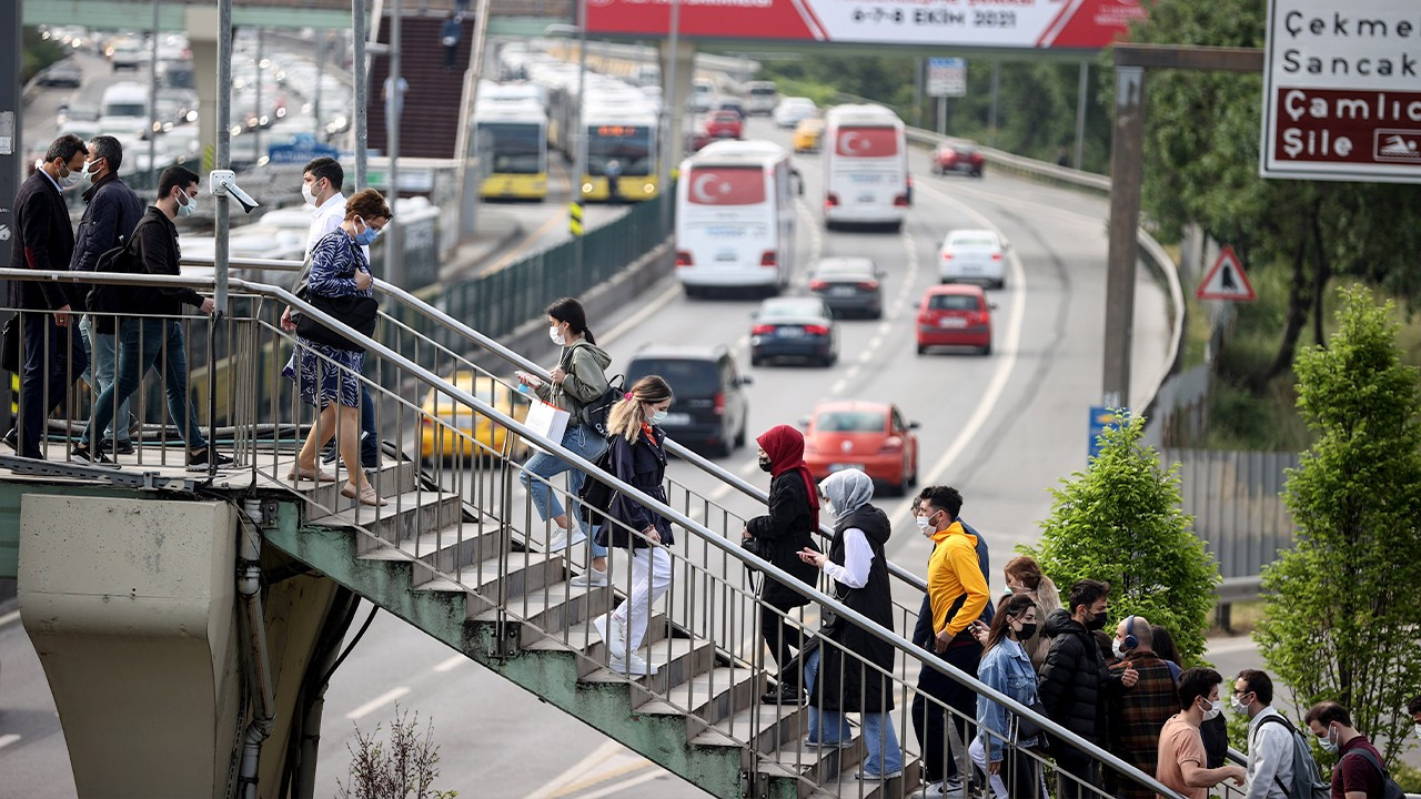 70 pct of Turkish youth unemployed, depend on their families