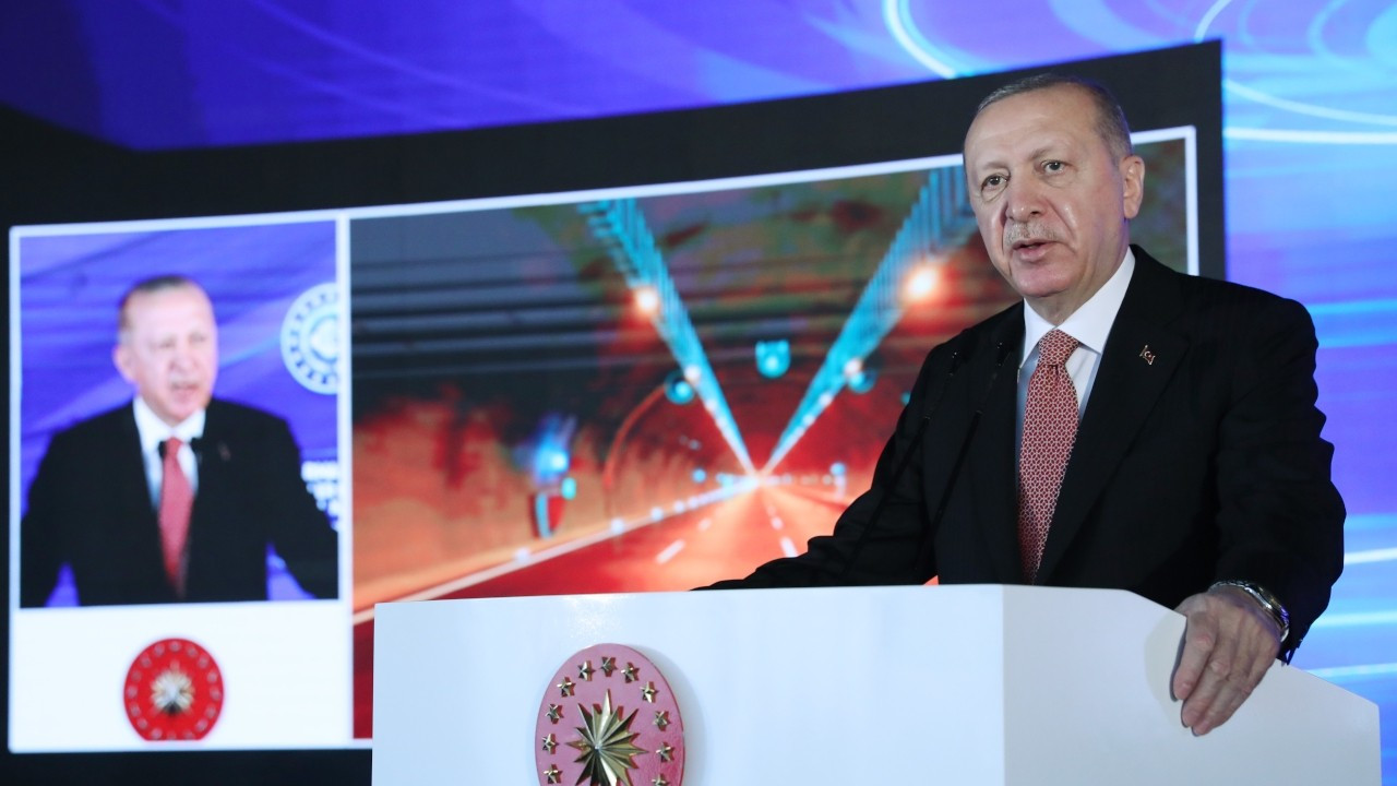 Erdoğan urges Turkish youth to 'pay attention to terror state Israel'