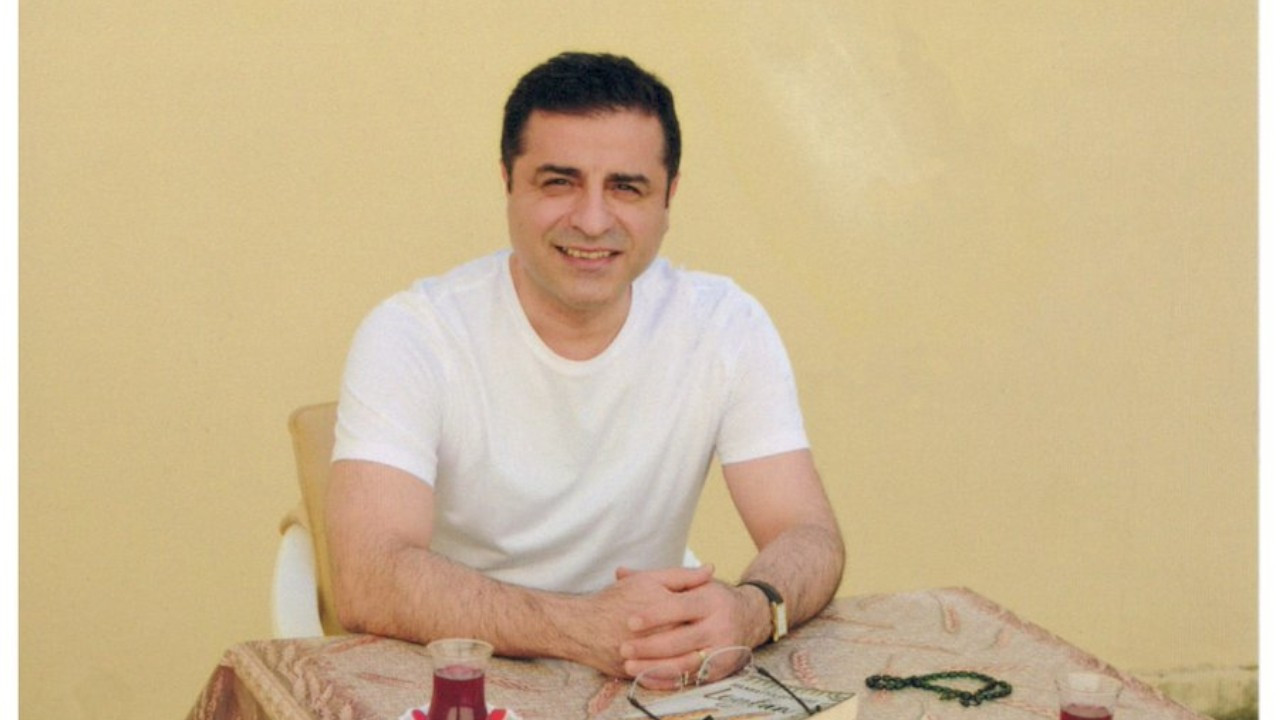 Demirtaş denied new ID card for 'smiling in photo'