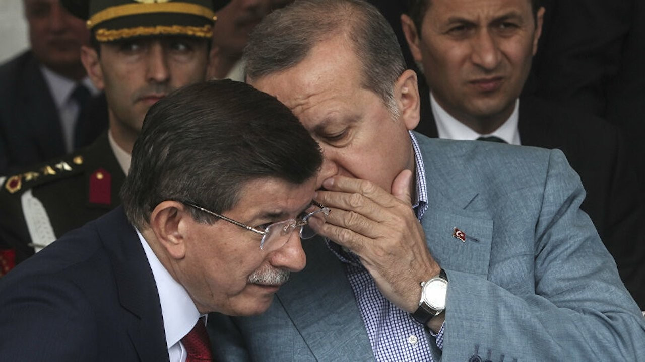 Davutoğlu claims Erdoğan orchestrated plot against him