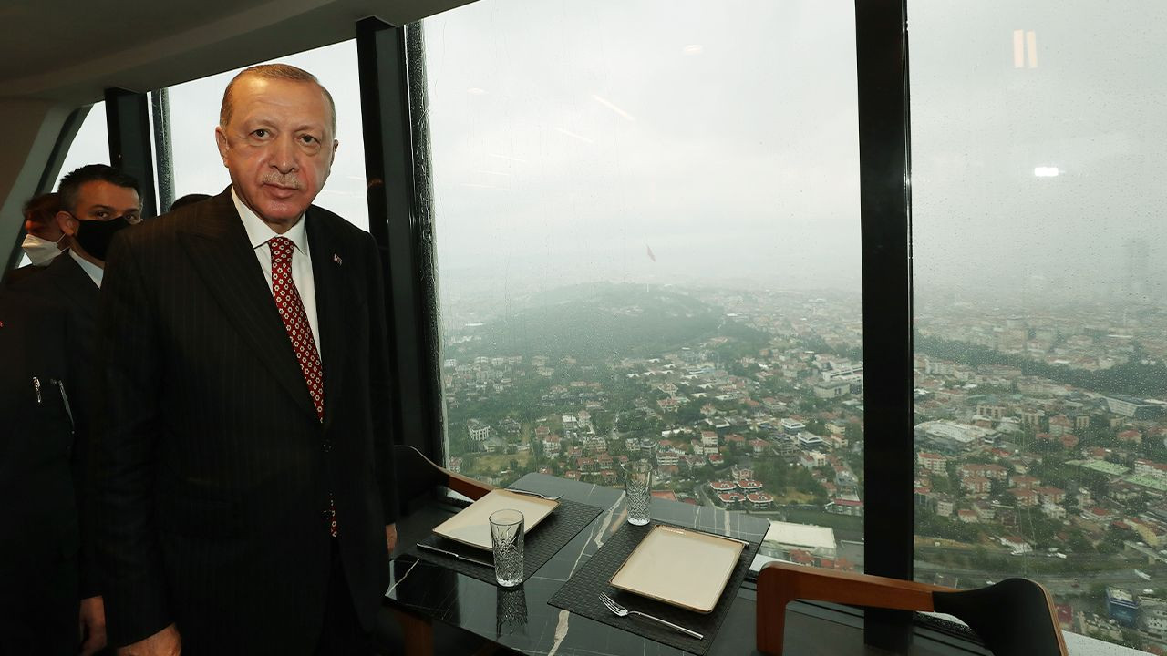Widely disliked tower, dubbed 'symbol of Istanbul' by gov't, opens - Page 2